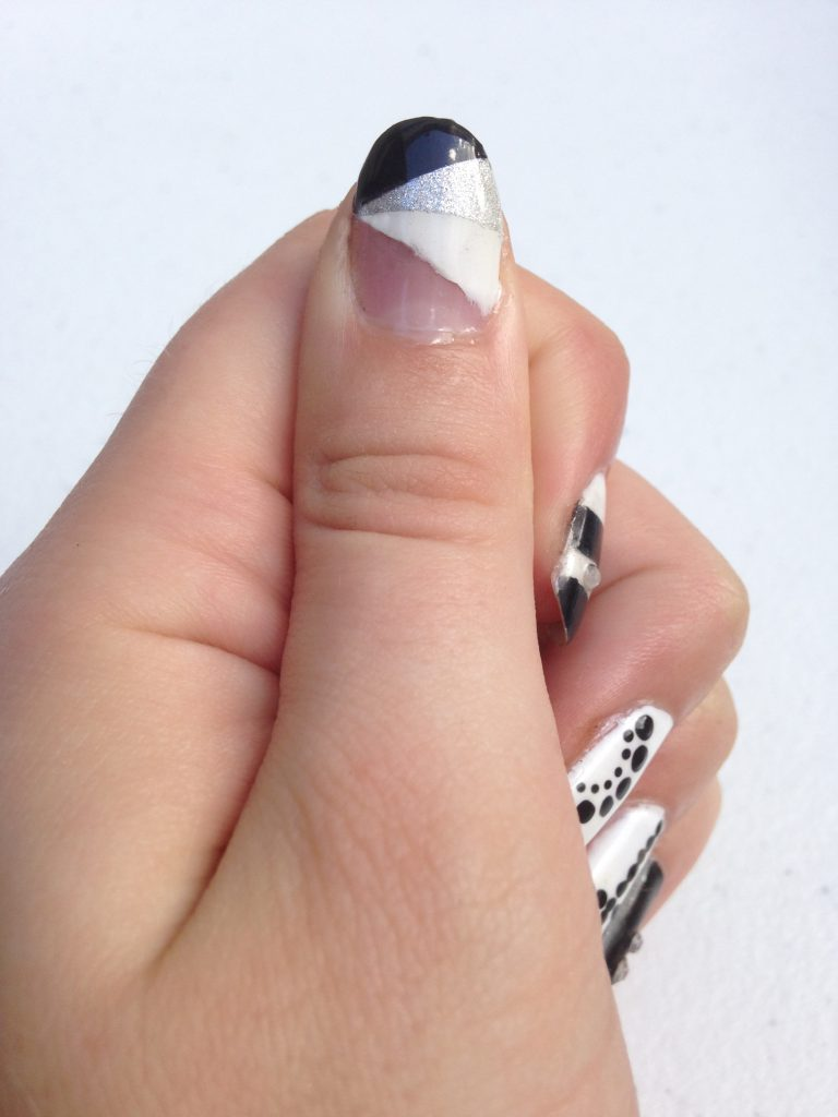 Black and White Geometric Nails Left Thumb