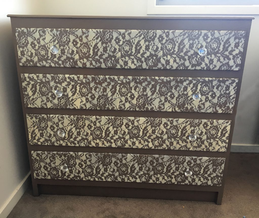 Lace Drawers Makeover DIY 1