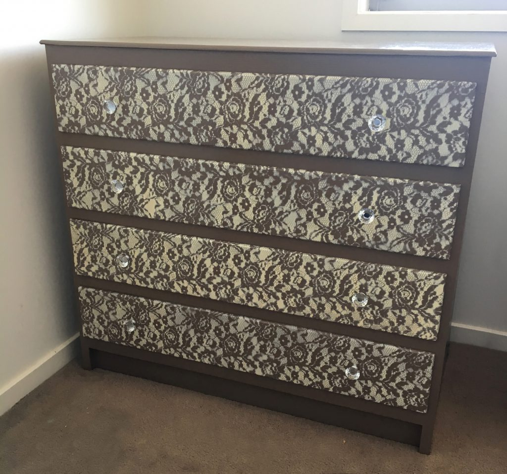 Lace Drawers Makeover DIY 4