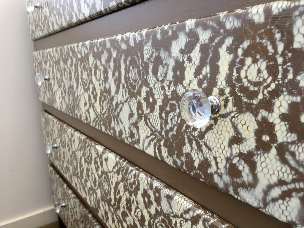 Lace Drawers Makeover DIY 5