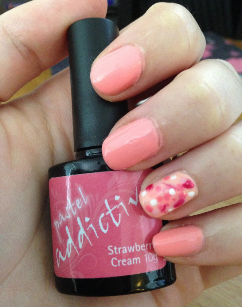Pink Spotted Nails 3