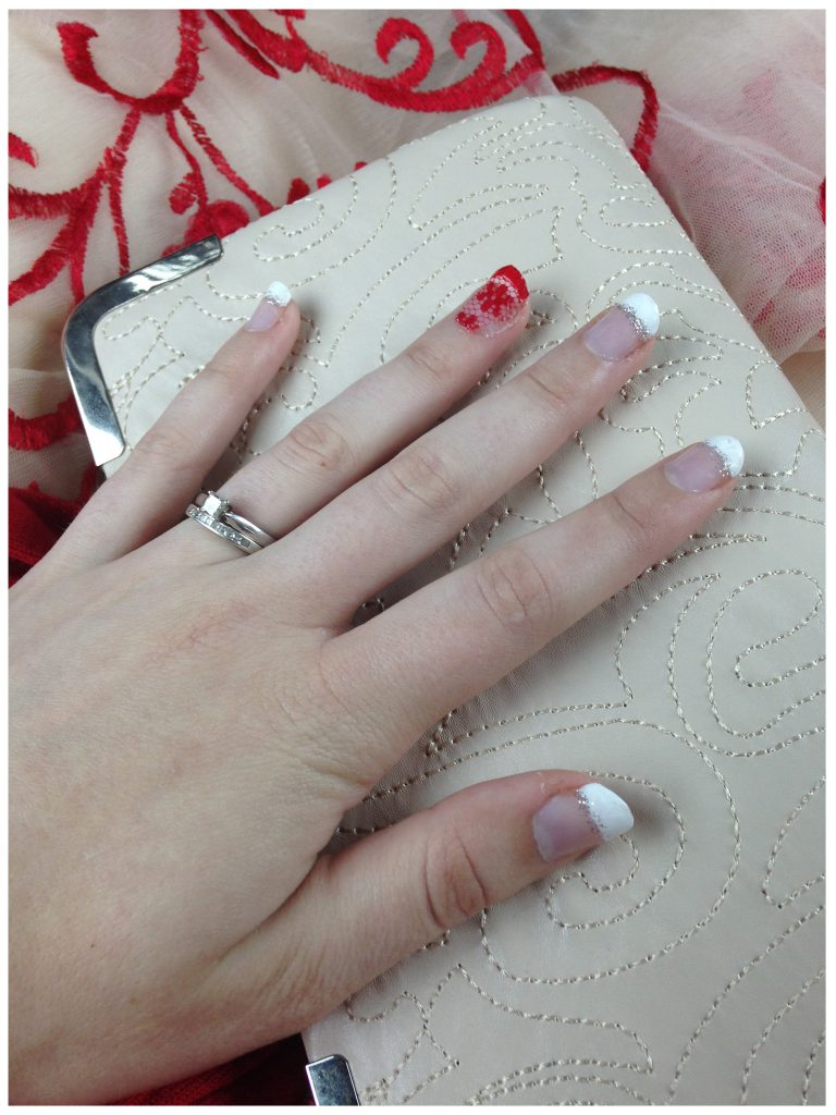 Red Lace French Tip Nails 1