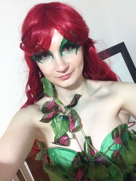 DIY Poison Ivy Costume 2