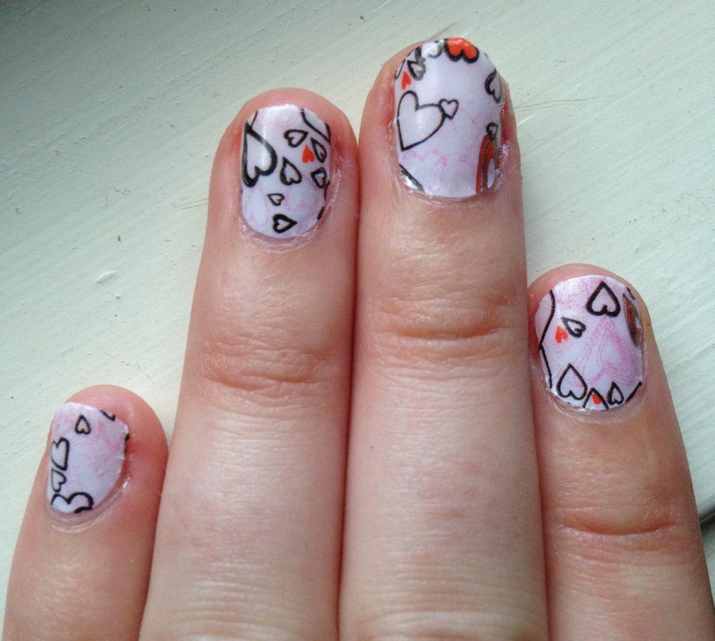 Valentine's Hearts Nails 2