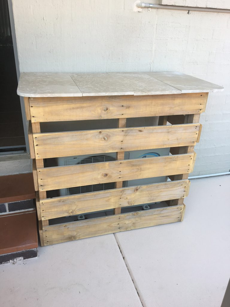 Pallet Bar Upcycle DIY 11