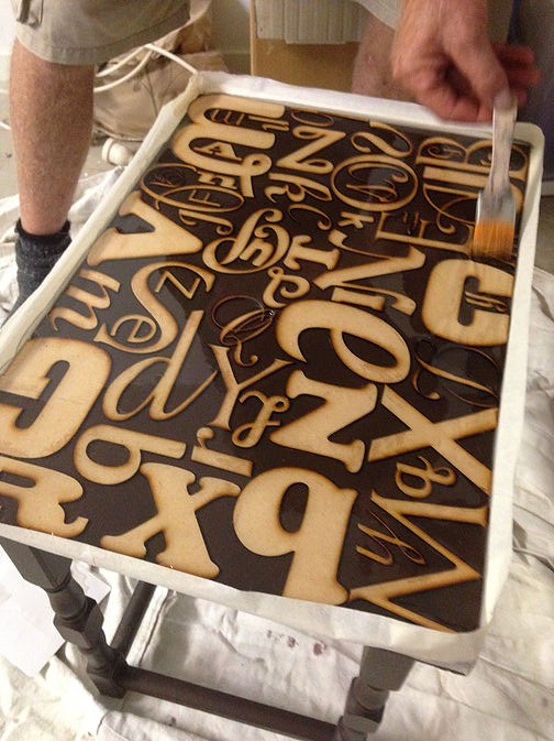 Alphabet Side Table Makeover DIY Step 6-4