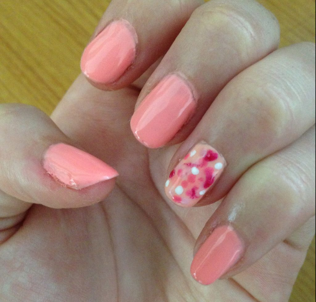 Pink Spotted Nails 1