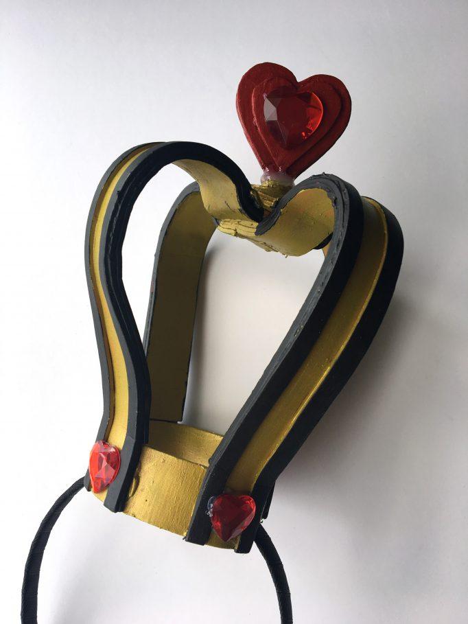 Queen of Hearts Crown DIY 2