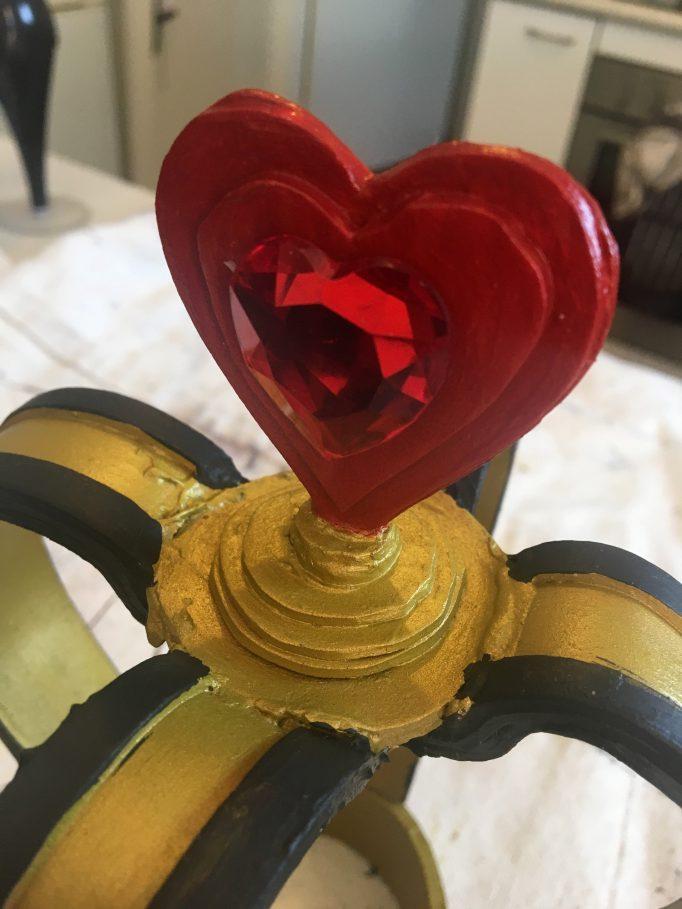 Queen of Hearts Crown DIY Step 11-1