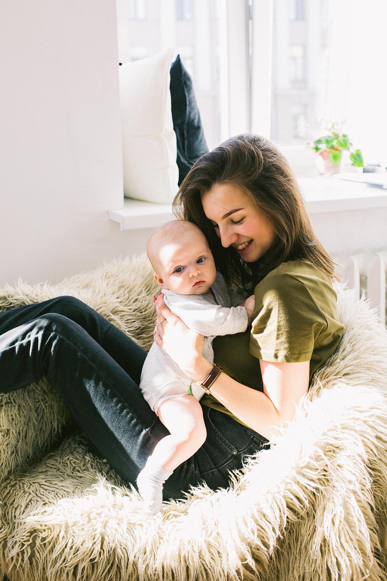 Postpartum Wardrobe Essentials Mum & Baby 2